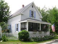 11 Grove St, Bartlett, NH 03812