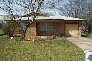 510 Taylor St, Arlington, TX 76011