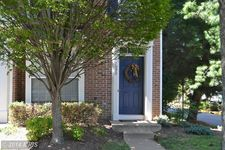 7020 Falls Reach Dr, Falls Church, VA 22043