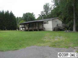 286 Gateway Farm Rd, Clover, SC 29710
