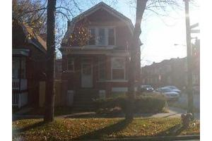 7557 S King Dr, Chicago, IL 60619