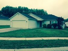 506 Kathryns Ct, Kendallville, IN 46755