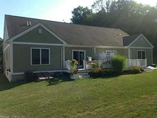 15 Commonway Dr, Brooklyn, CT 06234
