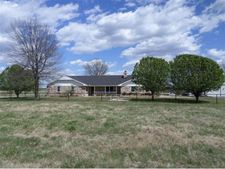 159 Coyote Rd, Unincorporated, OK 74570
