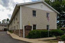 490 Main St # 5C, Farmingdale, NY 11735