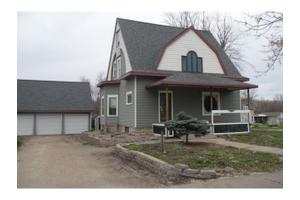 121 E Spring St, City of New London, WI 54961