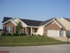 1214 Hermans Lake Dr, Florissant, MO 63034