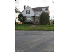 3122 Livingston Rd, Cleveland, OH 44120