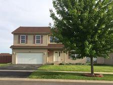 634 Oakwood St, Minooka, IL 60447