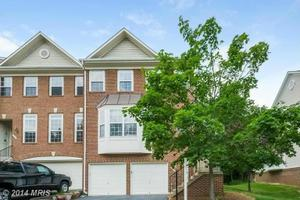 5700 Governors Pond Cir, Alexandria, VA 22310