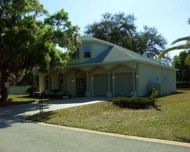 4 River Oaks Way, Palm Coast, FL