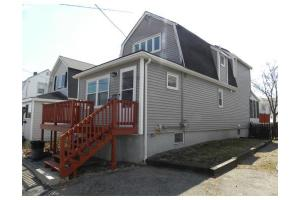 129 Charles St, Quincy, MA 02169