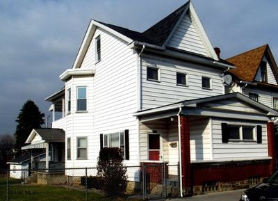 228 3rd Ave, Altoona, PA