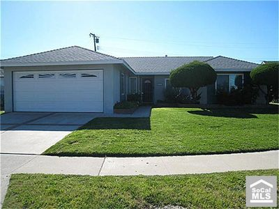 14321 Tropicana Ln, Huntington Beach, CA