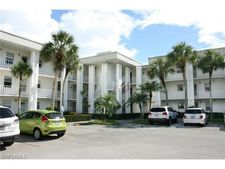 1724 Pine Valley Dr Apt 320, Fort Myers, FL 33907