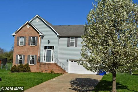 42 Westminster Dr, Front Royal, VA 22630