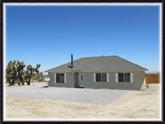 1218 Locust Rd, Pinon Hills, CA 92372
