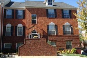664 Gateway Dr SE Unit 318, Leesburg, VA 20175