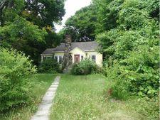 19 Cypress Ln, Shenorock, NY 10598