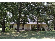 1484 County Road 1215, Savoy, TX 75479