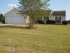 1623 Phillipsburg Dr, Winder, GA 30680