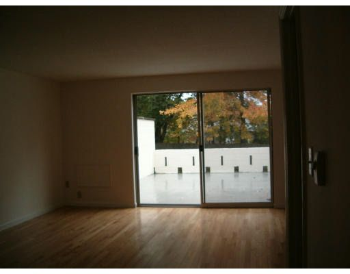 25 Bedford Ct, Amherst, MA 01002