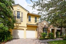 1522 Carafe Ct, Palm Beach Gardens, FL 33410