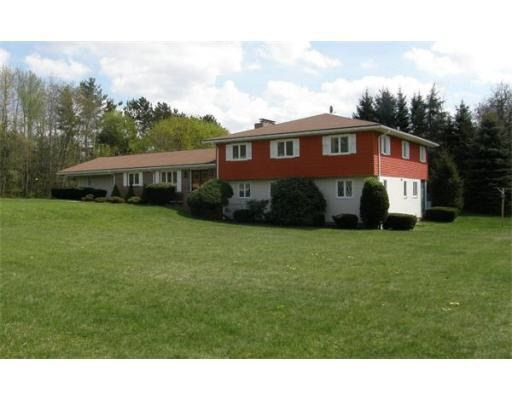 49 Airport Rd, Dudley, MA 01571