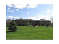 3301 E Indian Hill Dr, Muncie, IN 47302