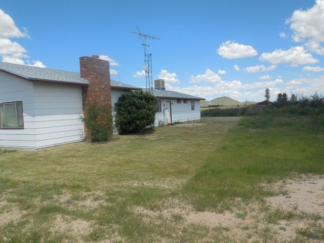 3221 w saguaro rd willcox az 85643 home for sale and real estate listing