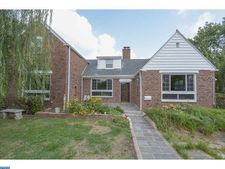 300 Childs Ave, Drexel Hill, PA 19026