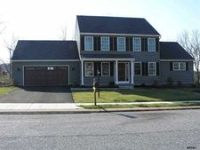 3080 Goldens Path, York, PA 17408