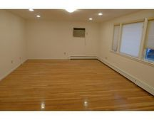 40 Woodleigh Rd Unit 2, Watertown, MA 02472