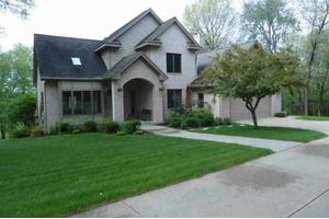 3045 Forest Ridge Dr NE, Iowa City, IA 52240