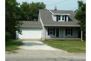 502 Springfield Rd, East Peoria, IL 61611