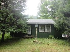 484 Peach Rd, Perry Twp - Arm, PA 16049