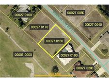 676 Mirror Lakes Ct, Lehigh Acres, FL 33974