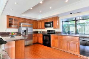 22712 Islamare Ln, Lake Forest, CA 92630