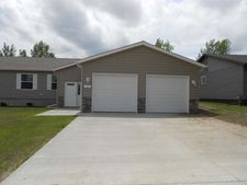 115 16th St Nw, Beulah, ND 58523