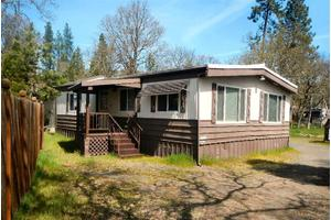 174 Cedar St, Shady Cove, OR 97539
