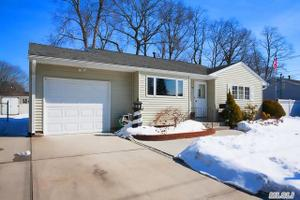 331 W 16th St, Deer Park, NY 11729