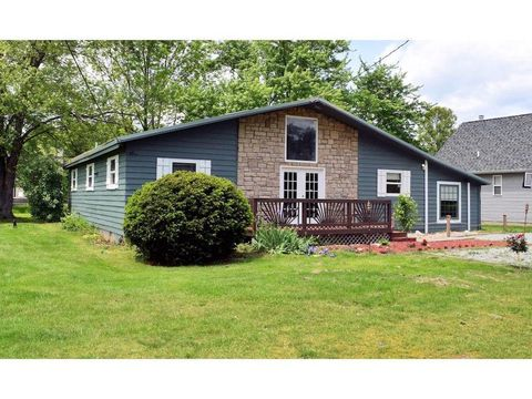 861 Lorelei Dr, Perry Township, OH 45118