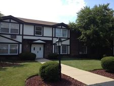 22960 N Apple Hill Ln Apt 102, Lincolnshire, IL 60069