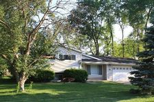 1643 Janet St, Downers Grove, IL 60515