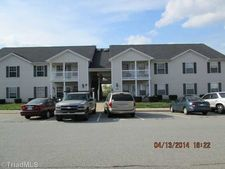 900 Hanahan Ct Unit 2C, Greensboro, NC 27409