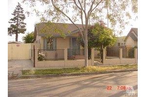 225 W Mission Ave, Ventura, CA 93001