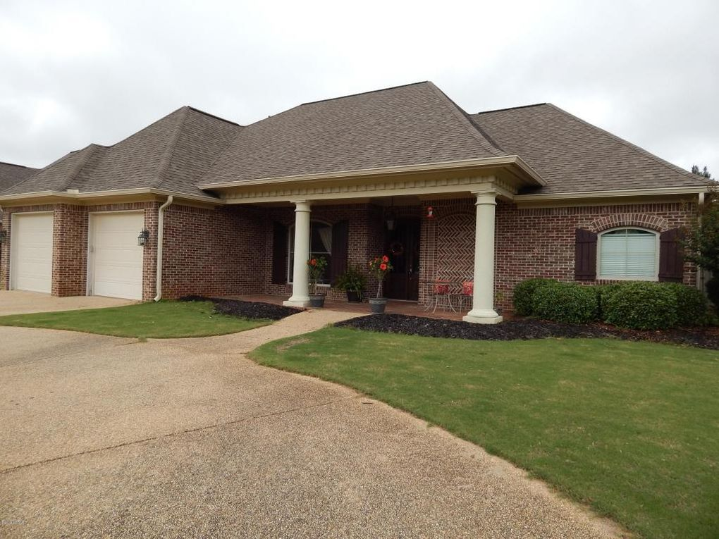 571 Natures Way, Meridian, MS 39305