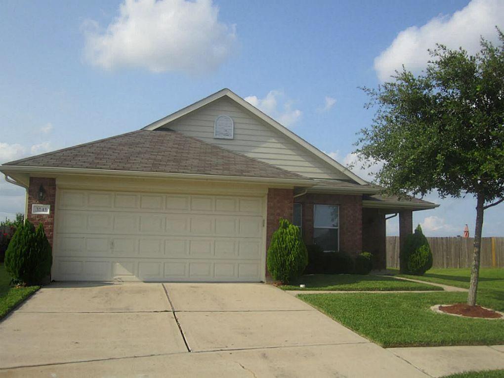 3243 Naples Grove Ln Houston, TX 77047
