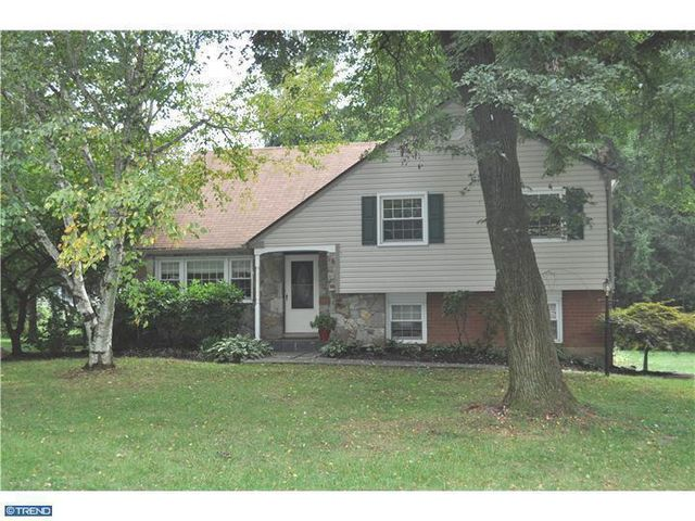 1326 Dunsinane Dr, West Chester, PA