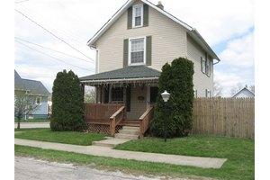 1121 Elm St, Ashland, OH 44805